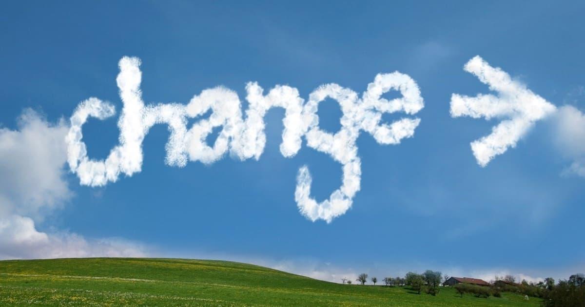 大空にchangeの文字